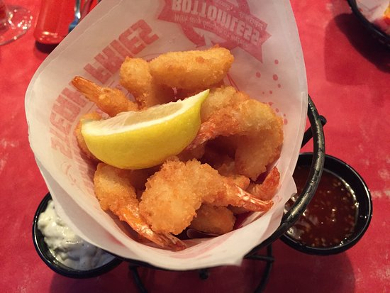 Red Robin Restaurant Parkwood: Popcorn Shrimp Appetizer