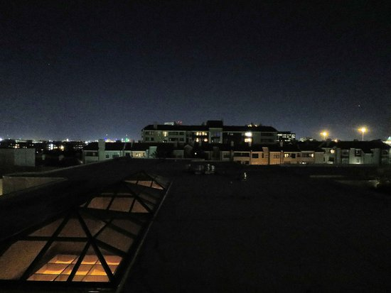 Omni Las Colinas Hotel: View from Room 515