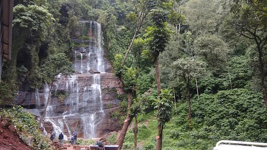 Jhari or Dabdabe Falls: Jhari waterfalls