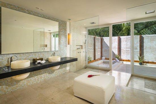 Blue Diamond Luxury Boutique Hotel: Guest room amenity