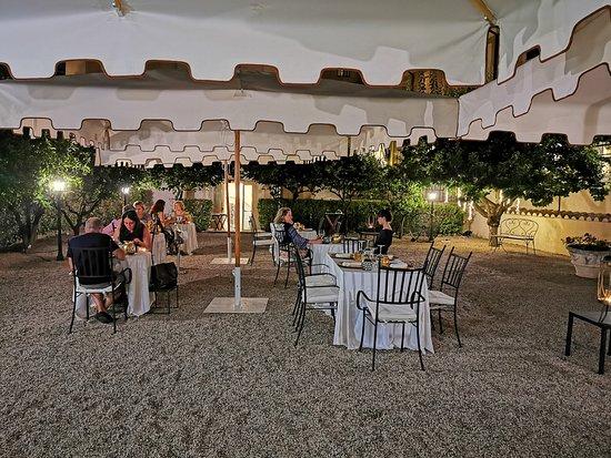 Il Ferro e il Fuoco: il ristorante all'aperto