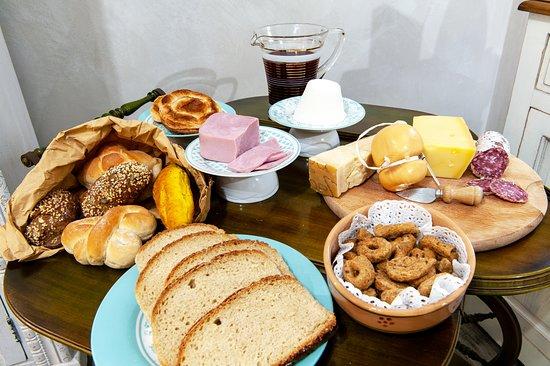 Vernole, Itália: Luxury Breakfast