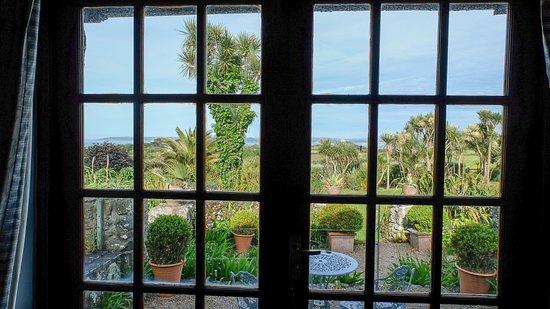 Ednovean Farm: Blick aus dem 'Blue Room'