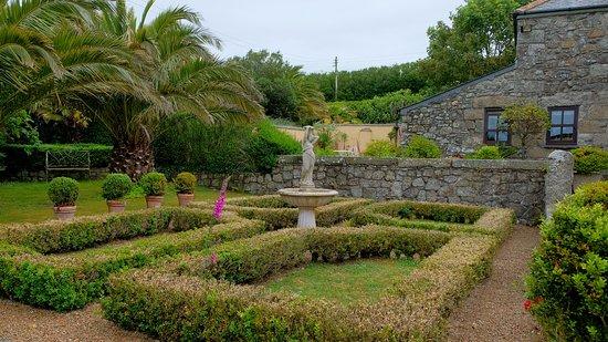Ednovean Farm: Gartenbereich
