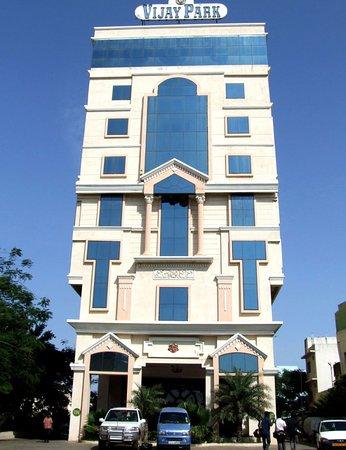 najlepszy hotel na randki w Chennairandki w ciemnej serii zegarków