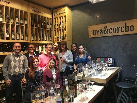 Uva & Corcho Wineshop