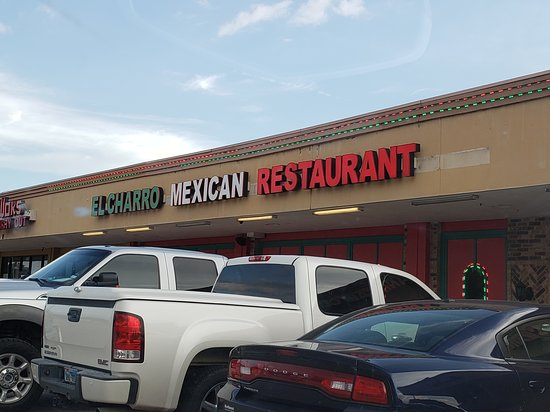 Restaurant located in a strip mall