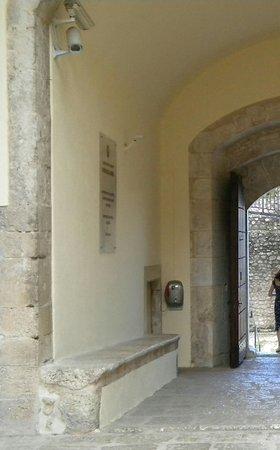 Porta d'ingresso al Castello
