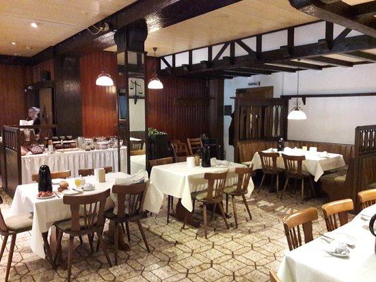 Rossbach, Tyskland: salle à manger buffet petit dejeuner