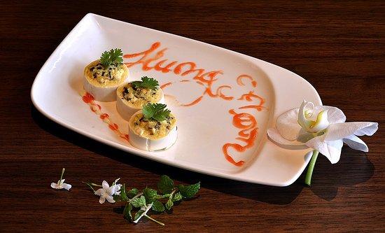 Moon Hotel Dining : món ăn