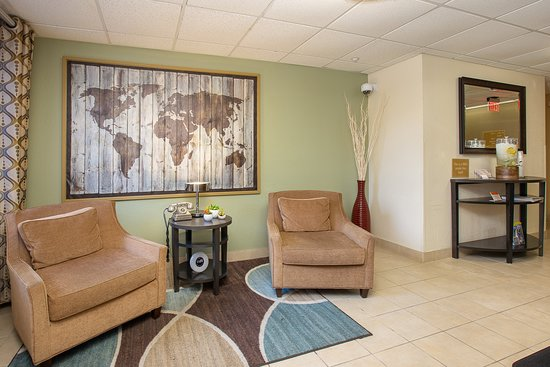 Candlewood Suites Miami Airport Doral: Lobby