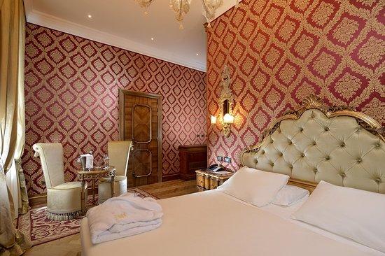 Hotel Ai Reali : Guest room