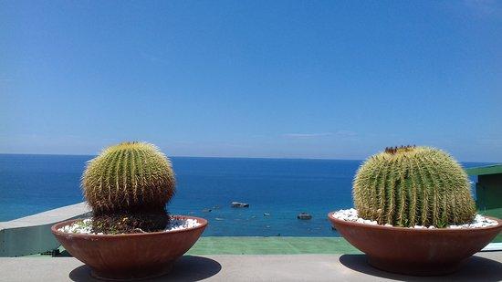 Park Hotel Terme Mediterraneo: Weg runter zum Strand