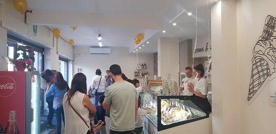 Bar Caffetteria Gelateria Crema e cioccolato: interno locale