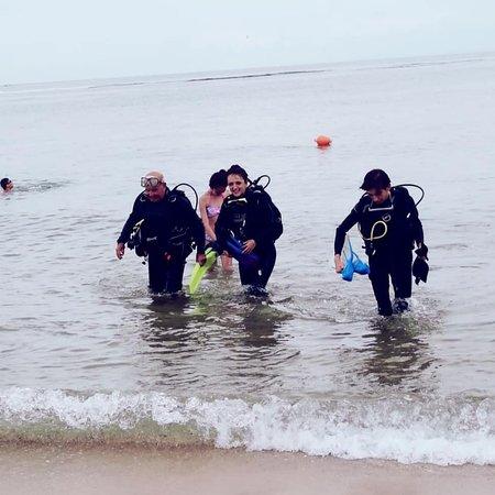 الرمال الذهبية, بلغاريا: Eğitmenlerimiz çok ilgiliydi, deniz altı yaşamı görmemizde bize yardımcı oldukları için çok teşekkür ediyoruz.