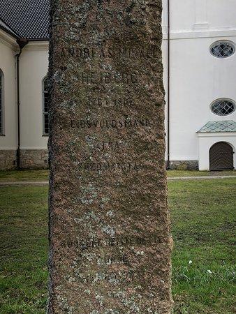 Oestre Fredrikstad Church: Politican