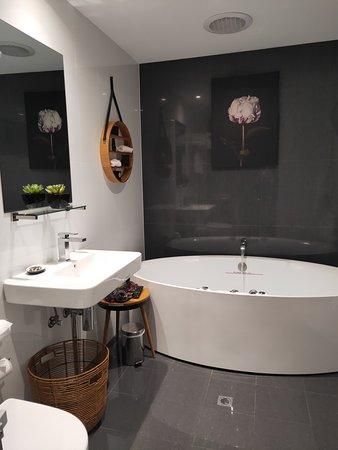 Аделаида и окрестности, Австралия: Beautiful bathroom