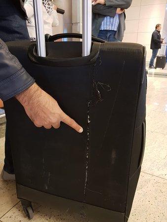 Pegasus Airlines: 2nd bag Damaged