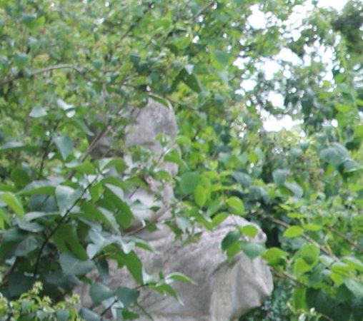 Statue du poète Gabriel Vicaire