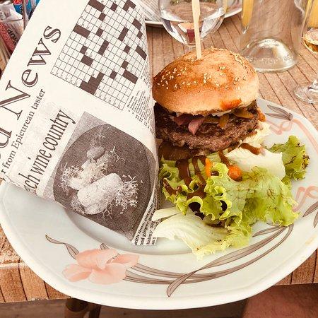 Saint-Vincent-sur-Jard, ฝรั่งเศส: Burger