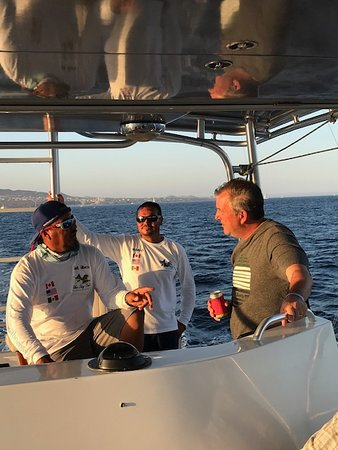 Blue Sky Cabo Fishing and Tours: Gilberto and crew (and guest)