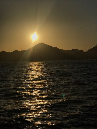 Blue Sky Cabo Fishing and Tours: Beautiful sunset