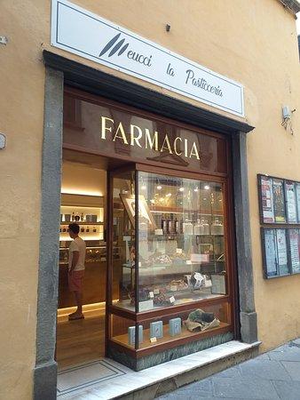 La pasticceria a regola d'arte nel centro di Lucca