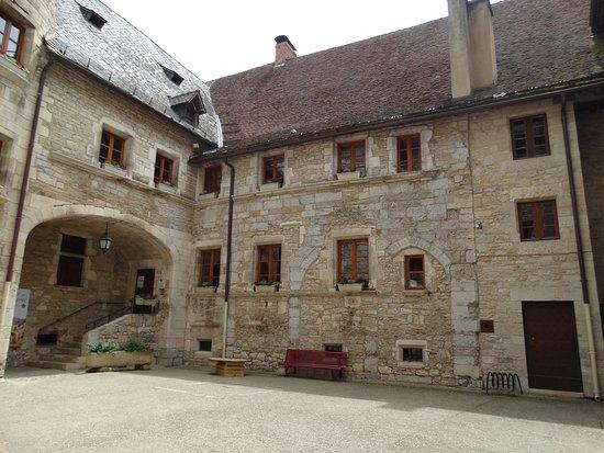 Palais de la Raymondi