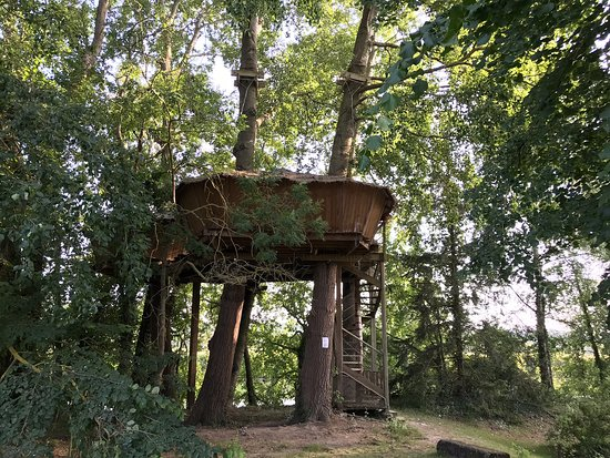 Camping Marvilla Parks - La Croix du Vieux Pont: A wonderful Glamping site only 150 minutes from Calais.
