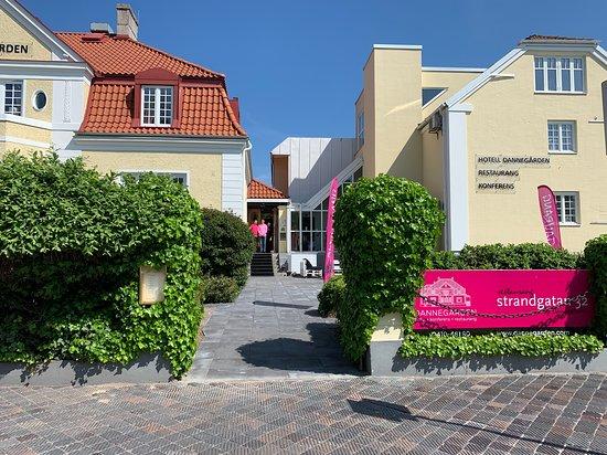 Hotel Dannegarden: Entrén mot Strandgatan 32