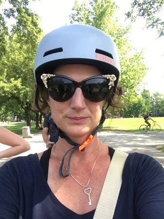 Beyond the Bike Lanes Bike Tour รูปภาพ
