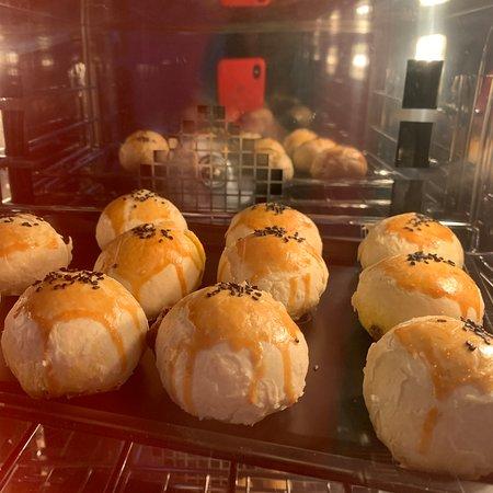 Egg yolk pastries