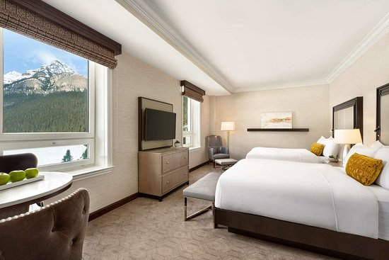 Fairmont Gold Room Lakeview 2 Queens Picture Of Fairmont Chateau