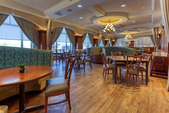 Drury Plaza Hotel St. Louis Chesterfield: dining