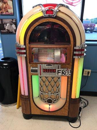 Juke Box (FREE songs) at Daisy's Diner at Cooter's Luray