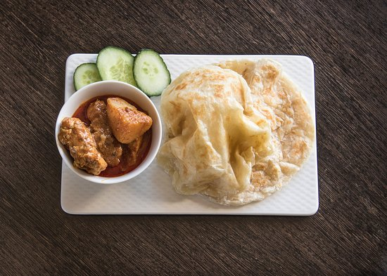 Chef Mom: Roti Canai with Curry Chicken