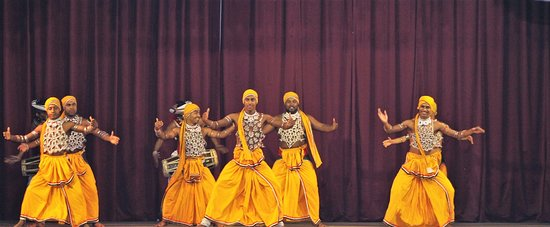 Kandy Cultural performance