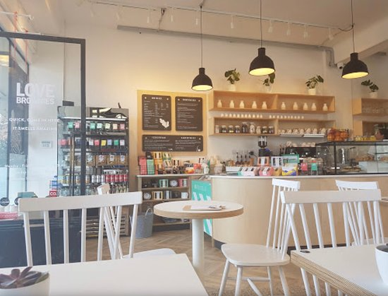 Love Brownies Cafe: Come and relax your breakfast and lunch in our very relaxed environment