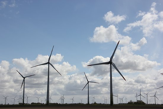 Slesvig-Holsten, Tyskland: Windkraft Energiegewinnung in Dithmarschen