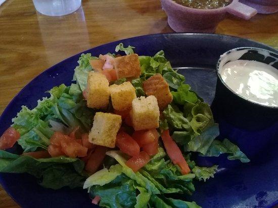 Casa de Suenos: Salad