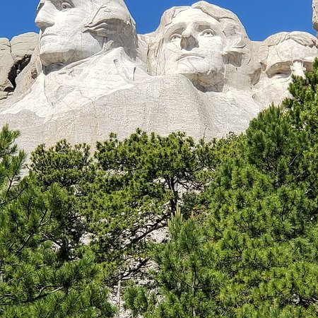 Фотография Southern Black Hills Parks & Monuments Tour - Mt Rushmore & more! (Small Group)