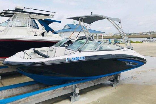 Summer Breeze Boat Rental