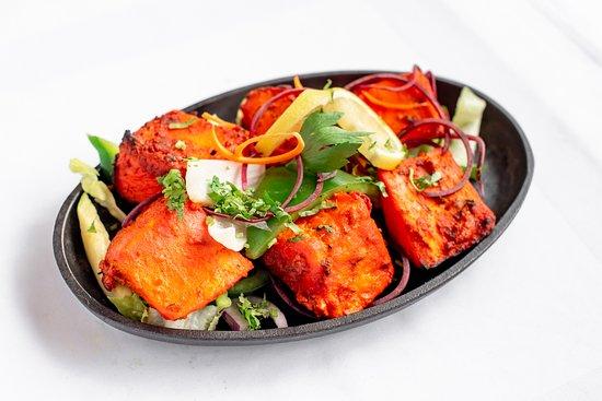 Punjaabi Sweets & Restaurant (LLBO): fish tikka