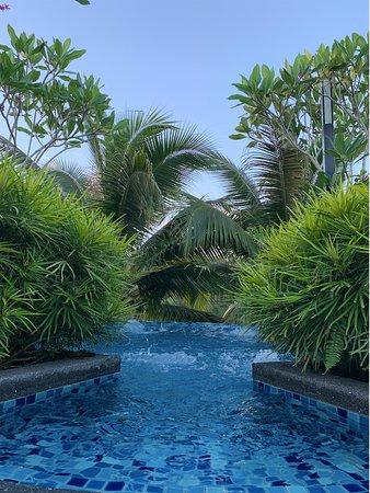 Gambang, Malezija: Jacuzzi at the pool