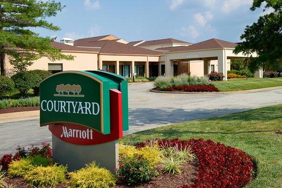 Courtyard by Marriott St. Louis Creve Coeur