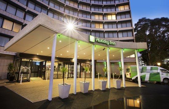 โรงแรมฮอลิเดย์อินน์เมลเบอร์นแอร์พอร์ต
