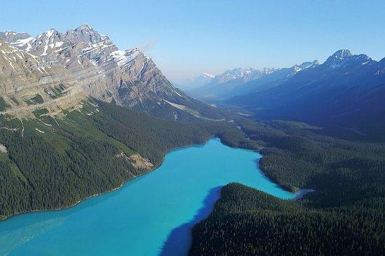 来自温哥华的落基山脉和湖泊经典4天夏季之旅