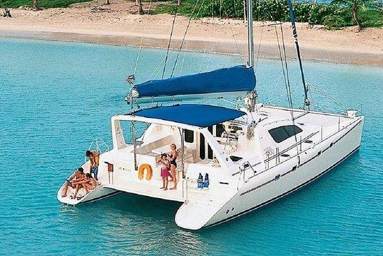 Yate de lujo privado. 47 'Catamarán...