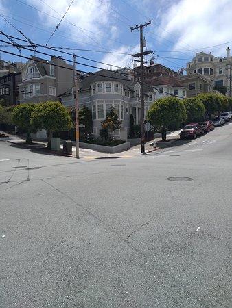 San Francisco Architecture Walking Tour: Mrs D
