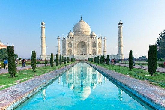 Private Full - Day Agra Tour With Taj Mahal and Agra Fort Round- Trip From Delhi